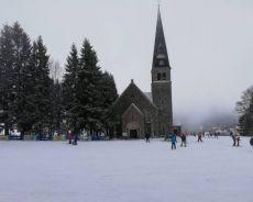 Zdjęcie dla Zieleniec wyciągi narciarskie nauka jazdy kościoł