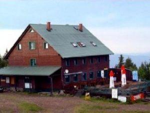 Schronisko PTTK Skrzyczne-1205